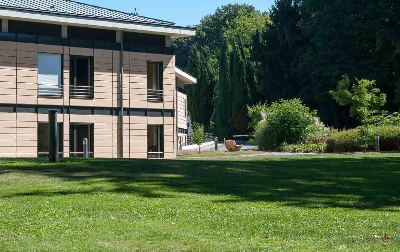 Extérieur Jardins d'Ennery - Programme Fidexi en Location Meublée à Ennery en Région Parisienne
