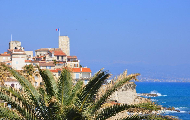 Fidexi - Résidence en Nue-propriété à Juan-les-Pins - Château Grimaldi à Antibes