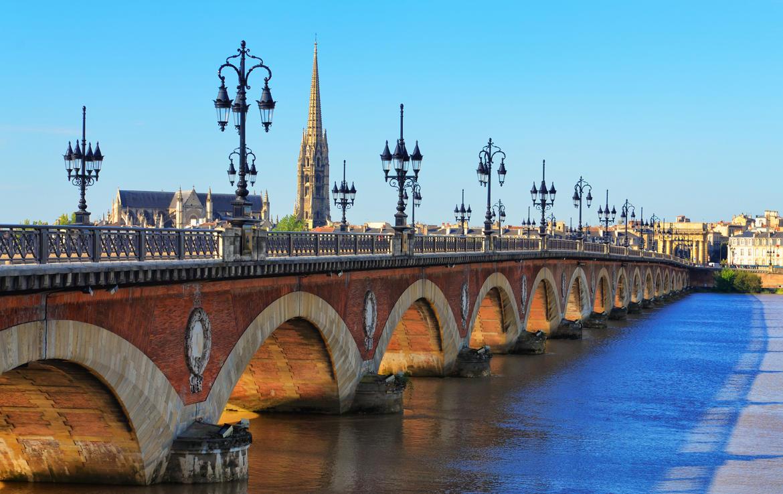 Investir en location meublée à Bordeaux