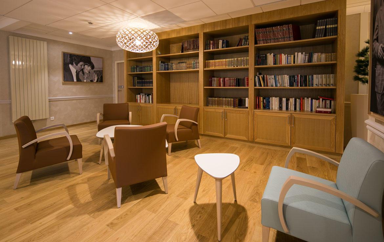 fidexi-location-meublee-toulon-les-pleiades-bibliotheque